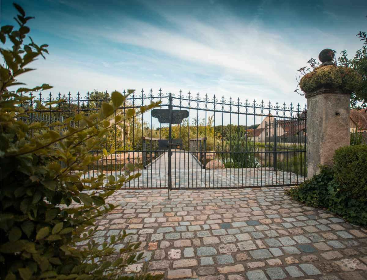 Gartengestaltung mit Tor